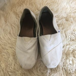 CLASSIC CANVAS TOMS 7